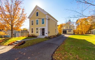 Attractive & Well-Appointed Carriage House Apartment Close To Village And Hiking