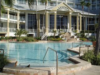 Fort Myers condo photo - Resort Pool #1