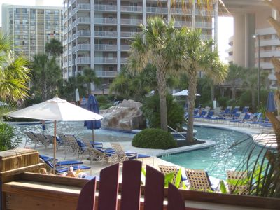 YOU CAN WALK ACROSS THE ACCESS ROAD AND ENJOY MANY POOLS AT THE HILTON!