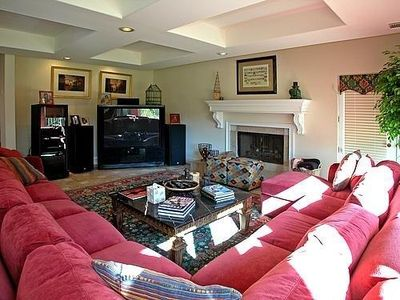 Large and comfortable additional family room