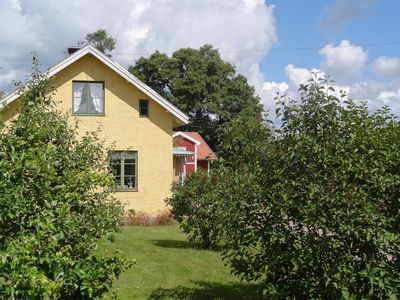 Charming house at the seam with a boat and good angling possibilities in landlig environment
