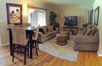 Flagstaff cottage rental - Living Room - Sofa turns into a full size bed