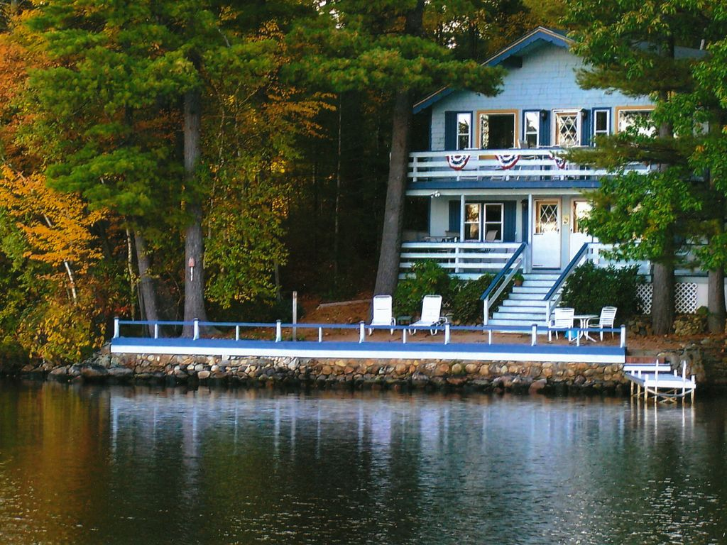 Waterfront retreat a hidden gem on swains lake 3 br for Waterfront retreat