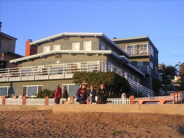 Manhattan Beach apartment rental - The Strand Deck & Fenced Yard Off The Main House