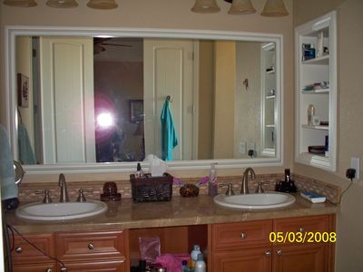 Master Bathroom Dule sinks, Granite Counters