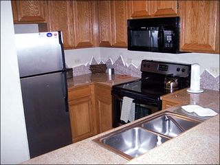 Breckenridge condo photo - Fully Equipped Kitchen
