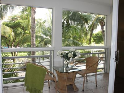 Providenciales - Provo condo rental - master bdrm screened in patio