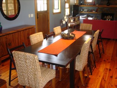 Dining table sits 10 with two leaves