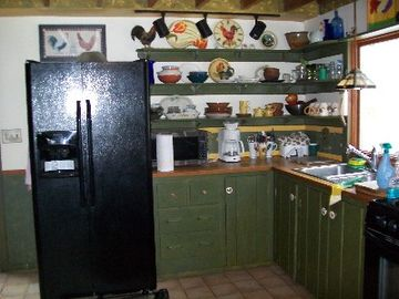 A kitchen fully equipped for cooking wonderful Maine lobster or blueberry pies.