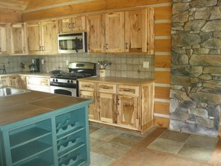 Hammond cabin photo - Great new kitchen with large amounts of space for preparing meals!
