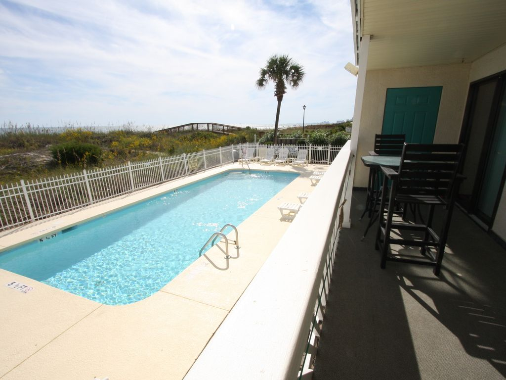 3 Bedroom Oceanfront Condo In North Myrtle Vrbo