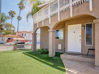 Stylish, Pet-friendly Combo Duplex Steps From The Beach!