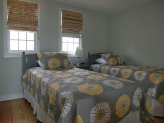 Nantucket Town house photo - Twin Bedrooom
