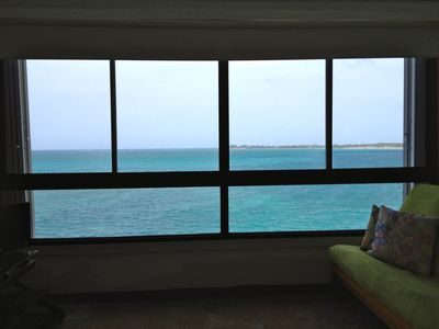 Spectacular ocean view from everywhere in the apartment!