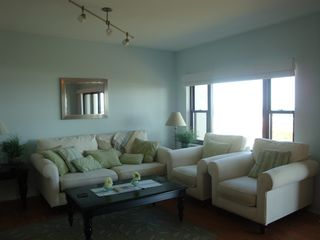 Wrightsville Beach condo photo - Spacious living area