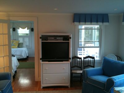 HD Cable TV in living room and sun room with DVD players