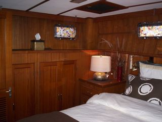 Boston yacht photo - Green Turtle II Master Queen Cabin with plenty of closet space.