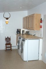 Carbondale apartment photo - Laundry