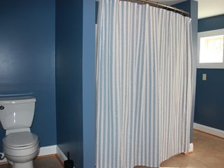 Harpers Ferry house photo - upstairs bathroom with full tub shower and private entrance from master bedroom
