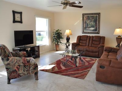"South Gulf Cove villa rental - Spacious, bright family room with 46"" Smart TV, Blu-ray DVD and surround sound"