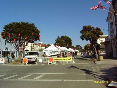 Downtown Pacific Grove - Monday Market -Our house is a ten-minute walk