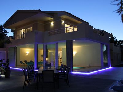 Spectacular Contemporary Villa With Private Pool & Sea Views In The Centre Of La