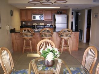 Madeira Beach condo photo - Dining and Kitchen