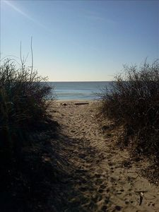 Madison apartment rental - Local beach path 10
