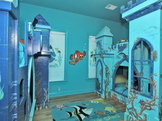 Forest Beach house photo - Finding Nemo Themed Bedroom - This room has two twin bunkbeds.