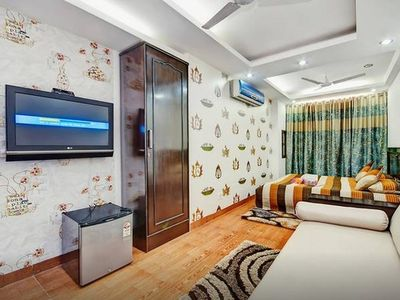 Independent Apt in the Heart of Delhi GK