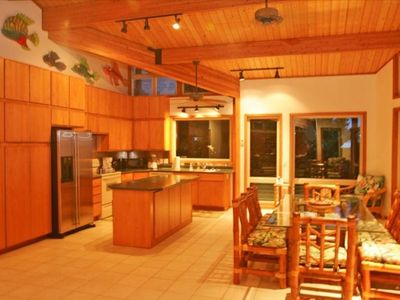 Spacious full kitchen and dining area!