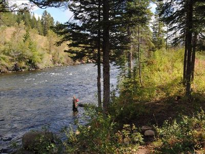 Ashton lodge rental - Fishing on the Fall River