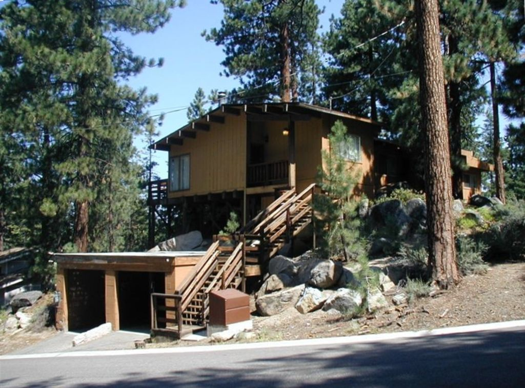 South lake tahoe 39 heavenly 39 vacation rental vrbo for Cabin rental tahoe