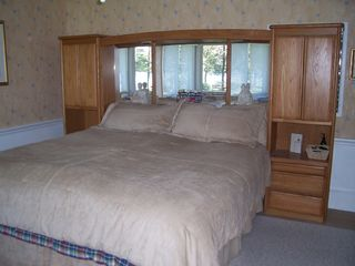 Rehoboth Beach house photo - Luxury Kingsize Mirrored Pier Bed Faces Lake
