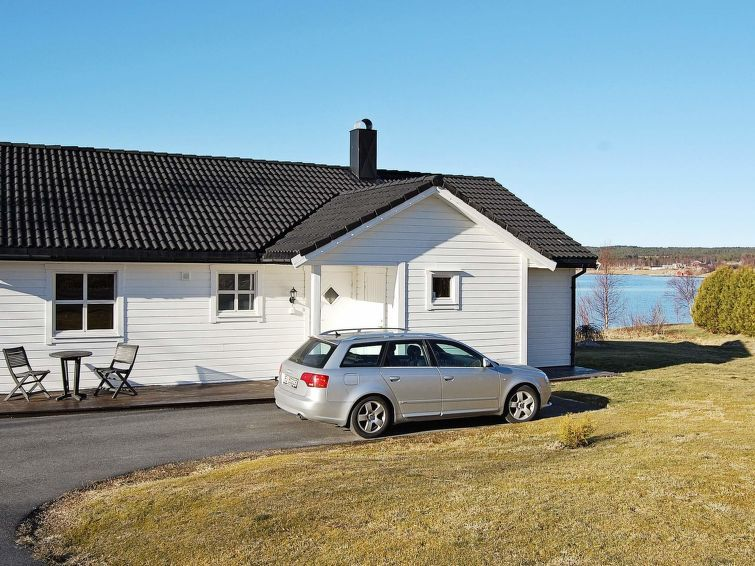 Vacation home Vik  in Tomrefjord, Northern Fjord Norway - 6 persons, 3 bedrooms
