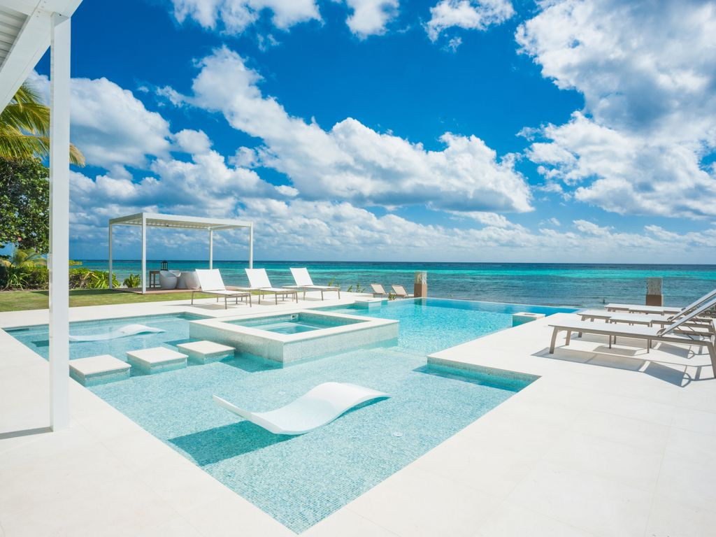 6br Quot Tranquility Cove Quot A Luxury Cayman Vrbo