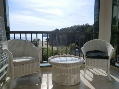 Nice sea view apartment for 4-6 people on the beach of Peguera