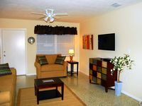 Newly decorated 2 Bedroom with Pet friendly fenced in yard in great area