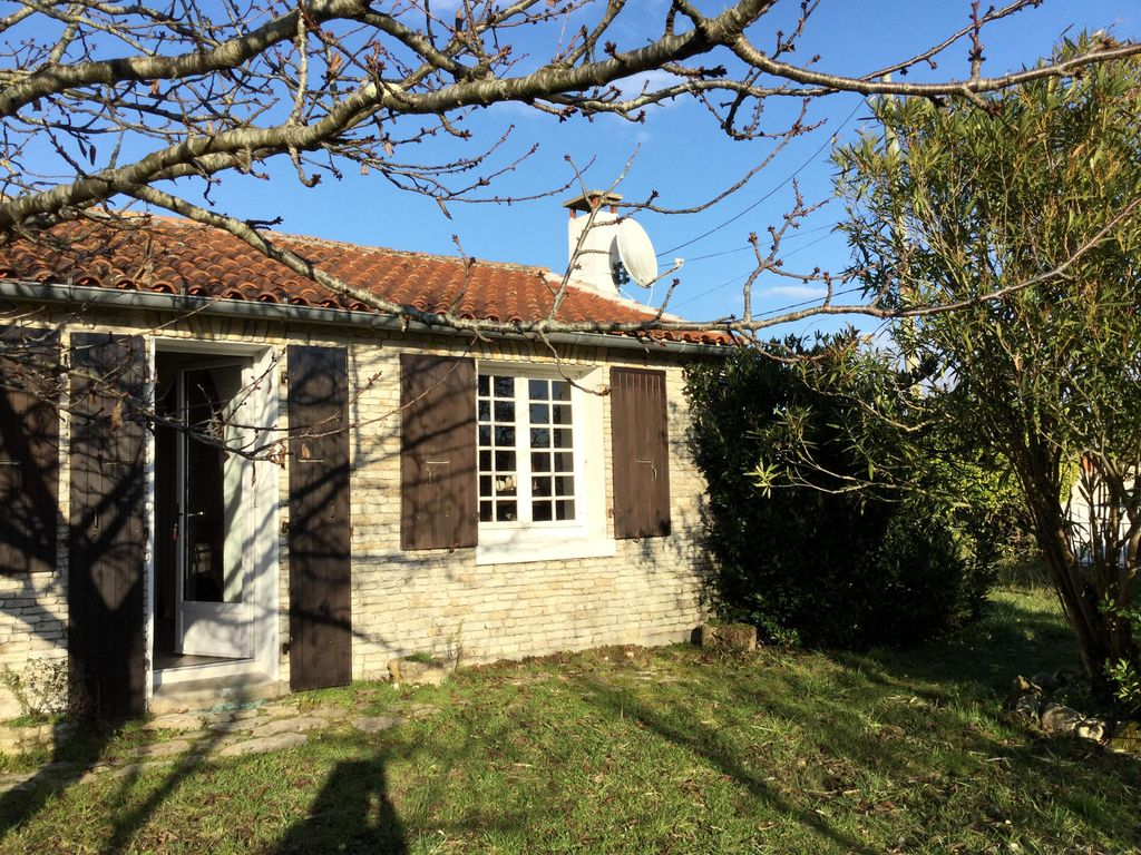 Charming home 800 meters from the beach
