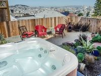 Potrero Paradise: Luxurious, Stunning Views, Hot Tub, Sleeps 6 - 8