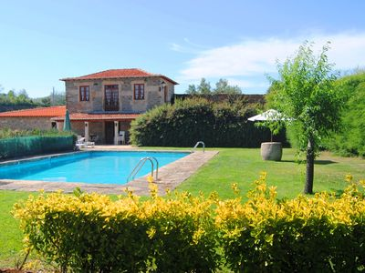 Typical Farmhouse in the Douro region with pool