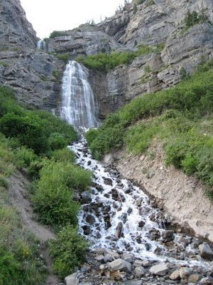 Bridal Veil Falls: take a hike up the falls, bike down to the lake