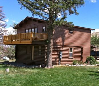Cody lodge rental - Riverhouse
