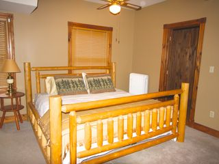 Lake Placid house photo - New King - as of 12/12 4 king beds in Fairbrother Lodge