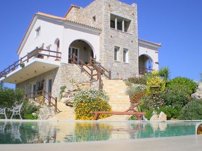 BOWER HOUSE ESTATE. Villa With Substantial Private Infinity Pool And Sea Views