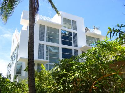 2 South Beach Luxury Award Winning 3 Bedroom Townhouses, Stunning Rooftop Deck