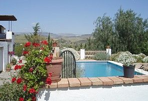 2 bed villa with pool between Alora & El Chorro in the lovely Guadalhorce Valley