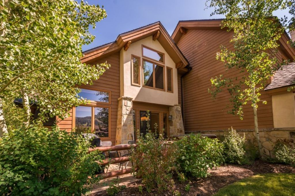 Lower Deer Valley Townhome - 4 BR/4 BA On Deer Valley shuttle