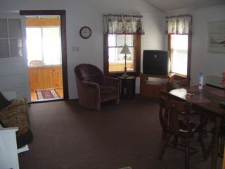 #4 Dining/Living Area - Alton cottage vacation rental photo