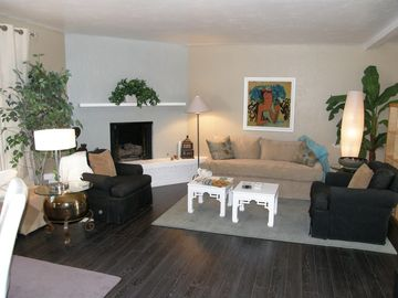 Green Valley house rental - Living Room